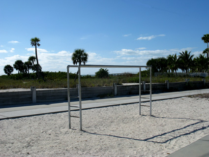 you can do pull-ups on your beach workout