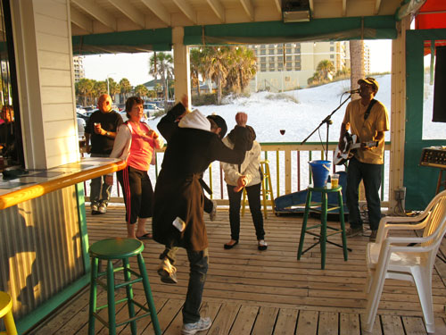 palm pavilion restaurant patio bar dancing