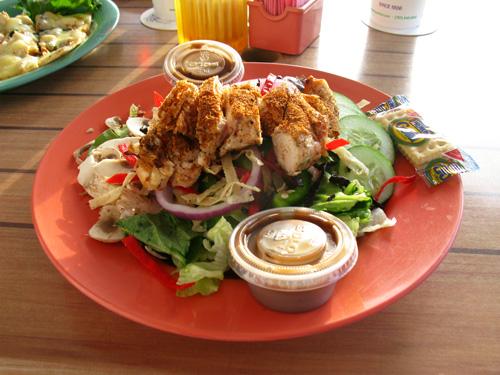 palm pavilion restaurant garden salad and blackened chicken