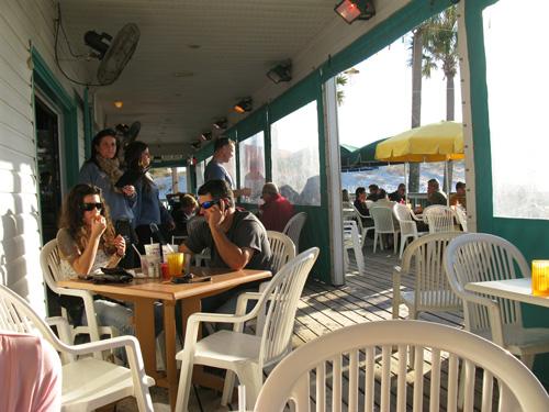 palm pavilion restaurant patio seating