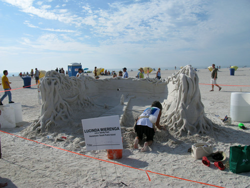Lucinda Wierenga was a wonderful artist in the Treasure Island Sand Sculpture Contest.