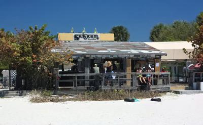 pelican petes tiki bar & restaurant