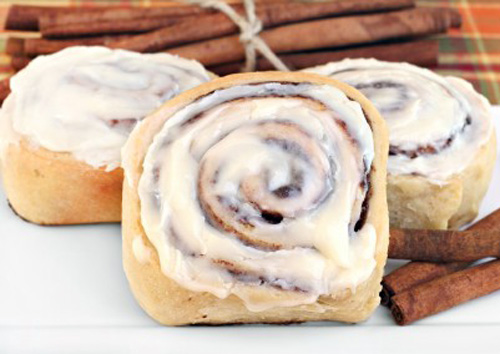 High-carb breakfast rolls increase your belly and your stress.