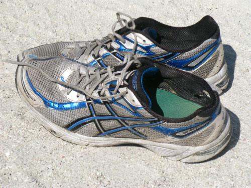 What are the best shoes for running on the beach?