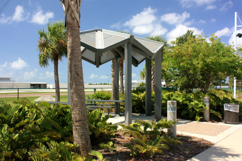albert whitted park in st petersburg fl has covered picnic shelters