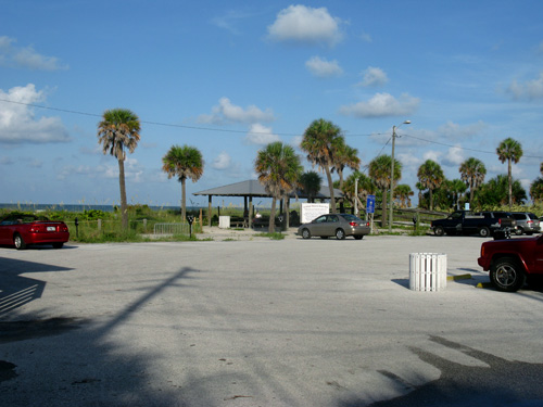 archibald park beach north parking lot