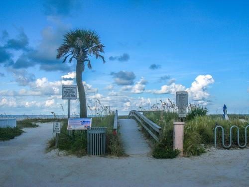 Start of a humid morning beach run on Treasure Island Beach FL.