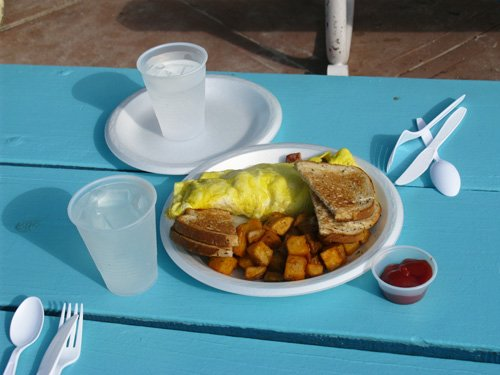 omelet breakfast at paradise grille on pass-a-grille beach