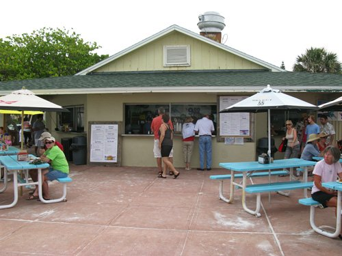 order breakfast at paradise grille on pass-a-grille beach