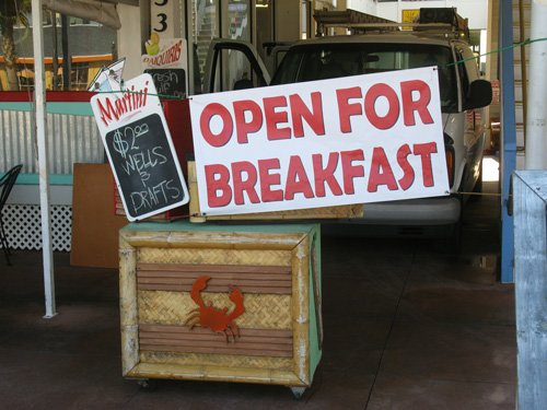 breakfast at crabbys sign
