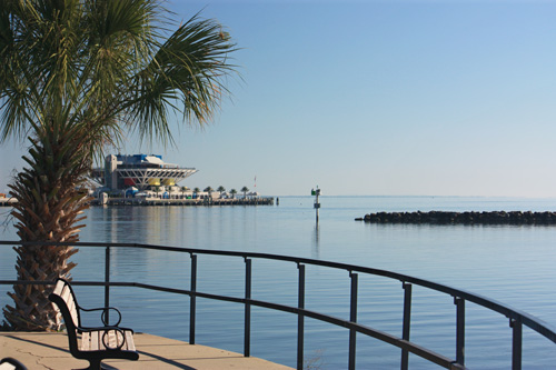 demens landing park view to the pier in downtown st petersburg florida