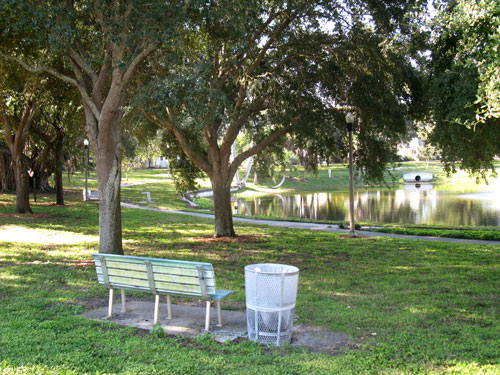 historic round lake park benches to read