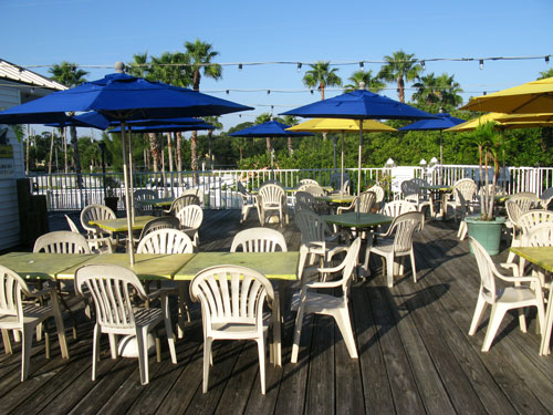 breakfast at jimmy guanas indian rocks beach fl outside seating on second floor patio deck