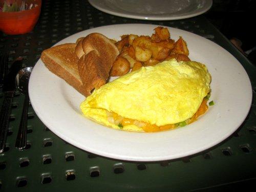 omelet breakfast at kellys restaurant in dunedin fl