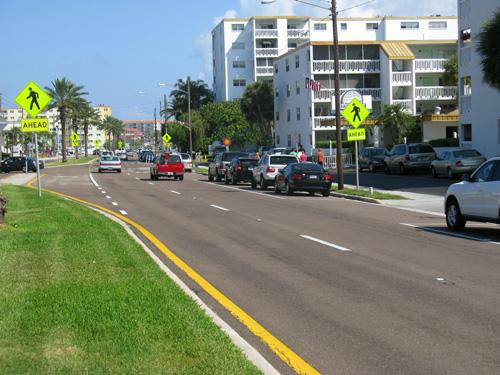 parking along gulf blvd for the mangos restaurant brunch on north redington beach fl