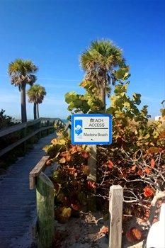 madeira beach fl beach access