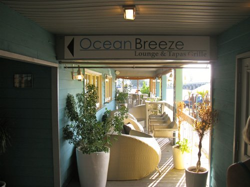 the ocean breeze restaurant walkway gives you an initial view of the intercoastal waterway