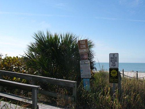 start of the sunset beach scenic boardwalk
